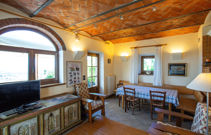 Olive Tree Suites - dining room main apartment