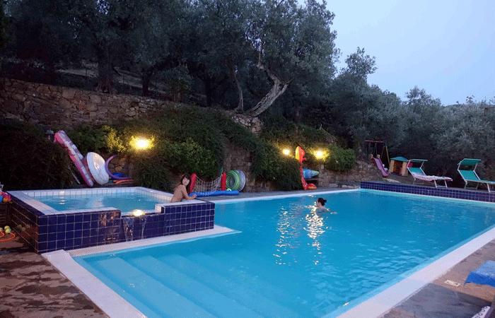 Olive Tree Suites - Swimming pool